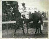 1935 Press Photo Corinne Dailey with jockey M Wall…