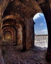 """ᴀʀᴋᴇᴏᴀɴᴀᴅᴏʟᴜ on Instagram: """"#Aspendos #Theater🇹🇷 Aspendos Tiyatrosu Antalya Eski uygarlıkların şanını ve şerefini günümüzde bile gururla taşıyor geleceğe. Fantastik…"""""""