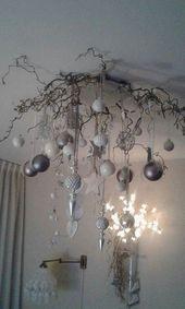 Schöne Idee mit Weihnachtskugeln! ♡♡ # Ästeweihnachtl …