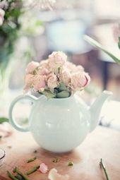 www.weddingomania… 20-sweet-tea-party-bridal-shower-ideas pictures 46440