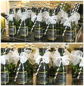 #personalized #champagne #toasting #favors #during #