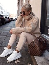 30 Trendige Winteroutfits, die Sie bei Kälte im Freien tragen können