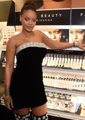 RIHANNA.STYLE — Rihanna took over Sephora Times Square wearing a…