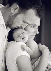 GROSSARTIG hier posieren! Schützt die Mutter vor dieser Unsicherheit nach der Schwangerschaft, gibt dem Baby eine gute und natürliche Pose und unterstreicht die Beziehung …
