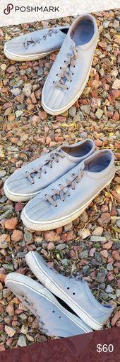 K-Swiss Classic Grau Leder Sneakers M 9 W 10,5 Ein seltener Fund hier! Hellgraue Le …