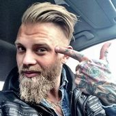 Modischer Bart.