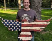 Carved wooden American flag eagle with unique chis…