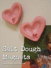 Herzförmige Salzteig-Fingerabdruck-Magneten