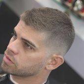 Gutaussehende Kurze Haarschnitte Fur Jungs Gutaussehende Haarschnitte Jung Fur Gu Jungen Haarschnitt Kinder Haarschnitte Haarschnitt Manner