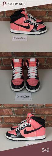Nike Woman's Drumk High Bright peach Sz 8 Gently used. Normal wear. Smoke free…