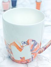 DIY Idee: Marmorkaffeetassen mit Nagellack   – Bastelideen