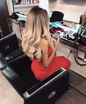 Schöne Frisuren mit blonden Haaren   – Frisurentrends 2018 und Haar Ideen