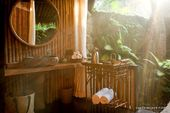 Glamorous Wellness Retreat with Private Pool near Ubud in Rural Bali   – บ้านหลังเล็ก