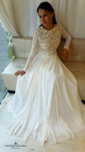 Blygsam brudklänning med ärmar. Studio Levana #levana # modest # ärmar # studi …
