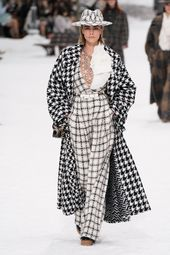 Chanel Fall 2019 Prepared-to-Put on Style Present