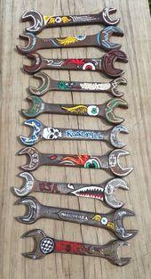 Großartige Handbemalte alte Schraubenschlüssel, die sich hervorragend für den Vatertag oder G…