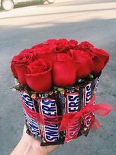 Roses & Chocolate Snickers Bouquet | #Gift Ideas #Romantic #Birthday #Girlfriend