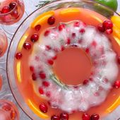 Holiday Punch With Festive Ice Ring is definitely a crowd pleaser! One glimpse o…   – food