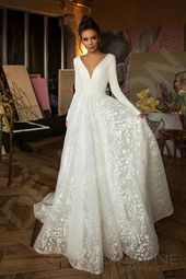 Individual size A-line silhouette Bonna wedding dress. Elegant style by Devotion