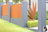 Kleiner Vorgarten mit dekorativem Rosteffekt und Rasen   – Kleiner Balkon