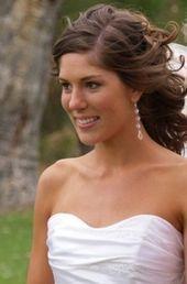 bridesmaid hair JB like soft curls ,  #Bridesmaid #curls #Hair #Soft #weddinghairstyleshalfup…