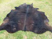 GROSS! Neuer Kuhfell Teppich Naturhaar auf – EINZIGARTIG !! dunkle schokoladenbraune Töne weiches Haar Teppich – B2
