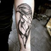 100 Hawk Tattoo Designs für Männer – Masculine Bird Ink Ideas