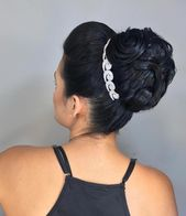 easy hairstyles with bobby pins Faces #popularhairstylesforteenagegirl
