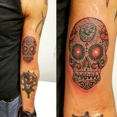 25 Meaningful Sugar Skull Tattoos You'll Want to Get Immediately   – Tats