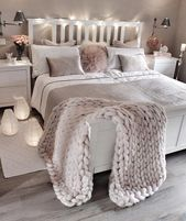 Best Ideas To Make Your Bedroom Extra Cozy And Romantic (21) #cozybedroom