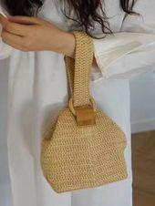 Handvävda naturliga halmväskor söta kvinnor Rattan Mini Bucket väskor