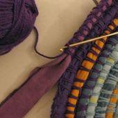 Ändern Sie das Aussehen Ihres Zimmers mit alten Stoffen und Filamenten: Einfache Methoden zur Herstellung von Teppichen – Catherine Kuhl