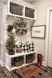 Amazing Simple Living Room Christmas Decor Ideas 9