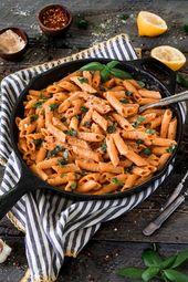 Cremig geröstete Paprika-Nudeln   – Vegan Ideas