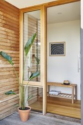 Modern Timber Beach House Still Achieves Bushfire and Energy Ratings   – Timber window frames