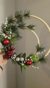 48 idées de couronnes de Noël inspirantes pour tous les types de décor   – DIY Christmas Decor & Craft Ideas ❣