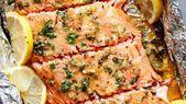 Baked honey-garlic salmon in the foil