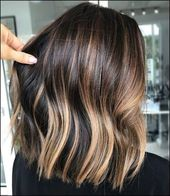 30 Stylish Medium Ombre Hairstyles Ideas For Women This Year #brownhairbalayage