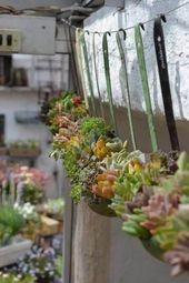 34 Vintage Garten-Dekor-Ideen, zum Ihres Raumweinlese-Flairs im Freien zu geben