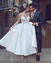 En linje Chiffon korta ärmar Informell bröllopsklänning från Sancta Sophia