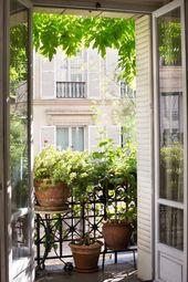 Wie man wie eine Französin im Garten arbeitet: 10 Ideen, um von einem Pariser Balkon zu stehlen