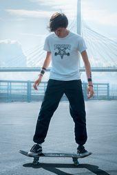 Thrasher Skater Boy Outfit In 2020 Skater Boys Skateboard Skater Boy