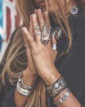 »Böhmischer Schmuck» Türkis »Ringe» Sklavenarmbänder »Armmanschetten» Boho-Style »Fußkettchen» Flash Tattoos »Silber & Gold» Körperketten »Zigeuner-Juwelen