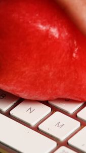 Clean the keyboard
