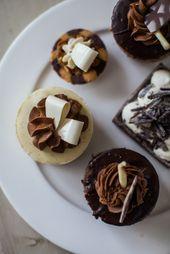 Cómo organizar una cena compartida + tarjetas de lugar DIY Seaglass Place #registrytoreality   – DELICIOUS food.DESSERTS