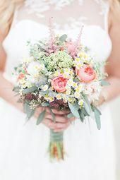 Luftig leichte Brautkleid Inspiration