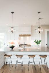 Moderne Shiplap-Ideen im Landhausstil   – Home Design