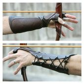 Forest Brown Leather Arm Guard and 3 Finger Shooting Tab. Bow Hand Shooting Glove, Left Hand, Medium to Large