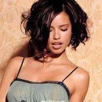 … kurze lockige Frisuren für Frauen … #curly #hairstyles #short #women – #c …   – Kurze Haare Stufig