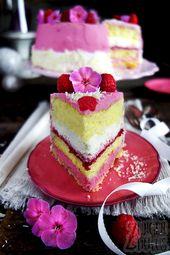 Torte mit Himbeeren und Sahne   – torten